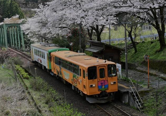 樽見鉄道・日当駅、岐阜県本巣市