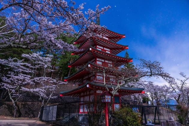 新倉浅間神社、富士吉田市