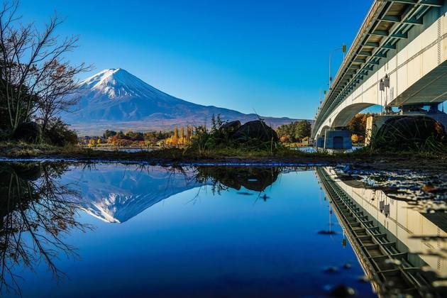 産屋ヶ崎、富士河口湖町
