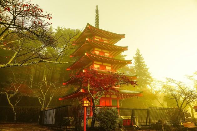 新倉浅間神社、山梨県富士吉田市