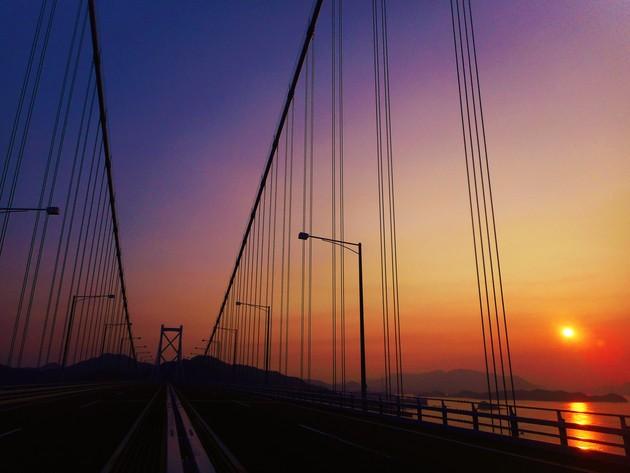 しまなみ海道・因島大橋、広島県尾道市、瀬戸内海